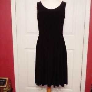 Jones New York sleeveless flare little black dress